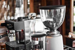 Why You Should Get A Coffee Maker With A Grinder?